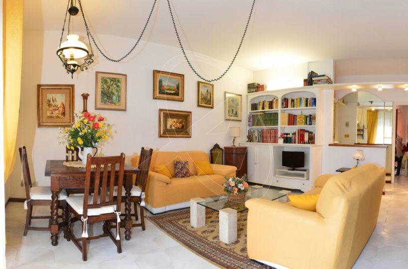 Appartamento in vendita a Rapallo Sant'Anna